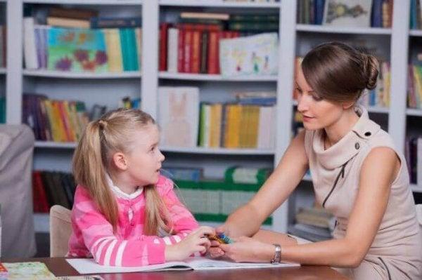 Çocuk Psikolojisi - Kime Güvenmeliyim?