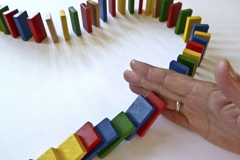 domino taşlarını durdurmak