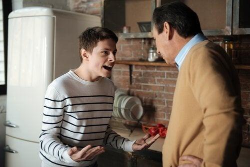 Ergenlik Dönemindeki Çocuklar – Ebeveynlerin İşini Kolaylaştıracak Tavsiyeler