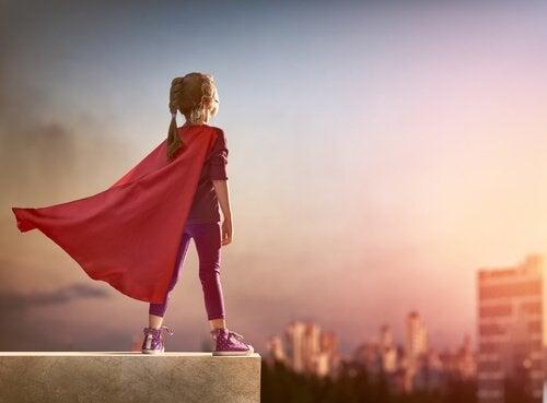 O Her Zaman Benim Süper Kahramanım Olacak