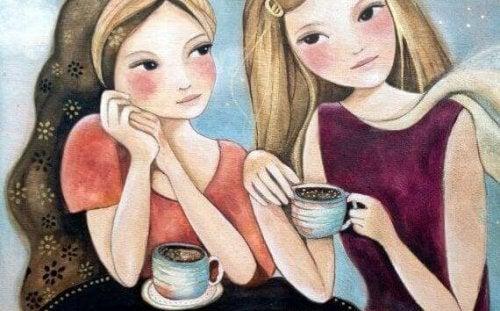 kahve içen kızlar
