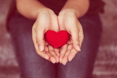 Kalpten Paylaşmak: Empatik veya Şiddet İçermeyen İletişim