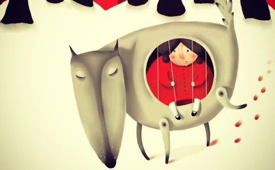 köpeğin içinde oturan kadın