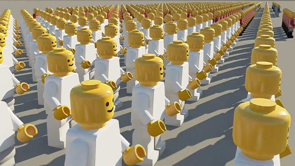 binlerce lego ip gibi dizilmiş