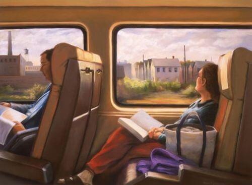 otobüste kitap okuyan kadın