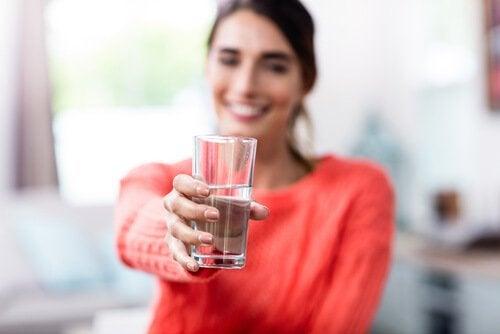 Bardağın Yarısı Dolu Mu Boş Mu? Siz Karar Verin
