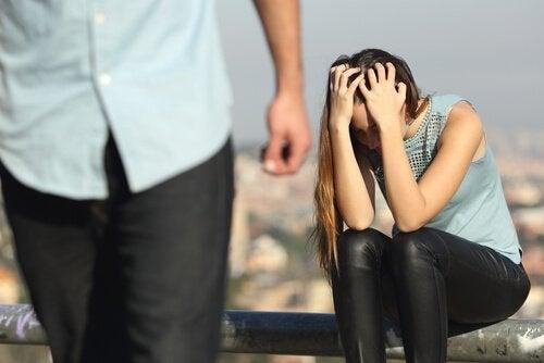 Duygusal Olarak Şiddet Yanlısı 10 Erkek Türü