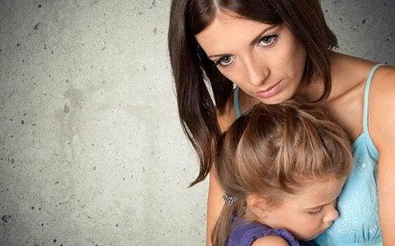 Çocuğunu Koruma Takıntısı Olan Ebeveynler