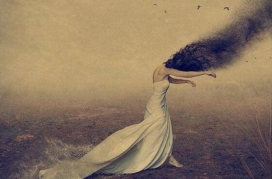 saçları duman kadın
