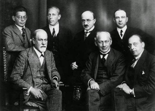 Freud'un Ötesi – Psikanaliz Ekolleri ve Yazarları