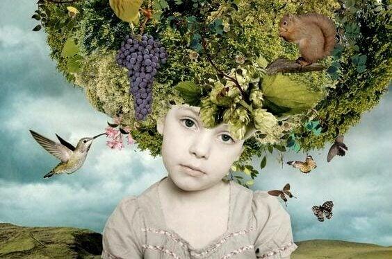 kafasında çiçekler olan bir çocuk