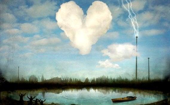 kalp şeklinde bulut