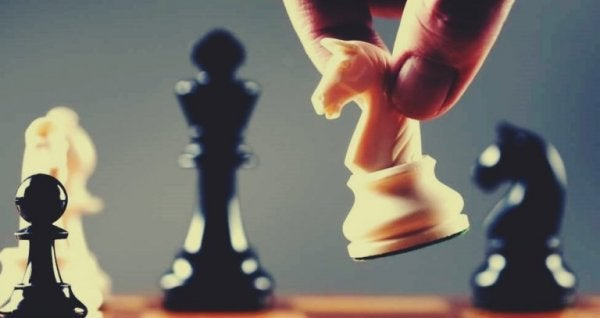 satranç hamlesi
