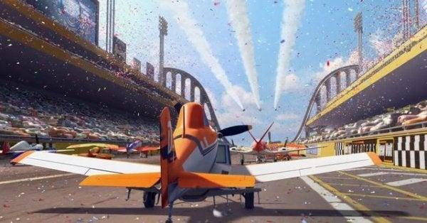uçaklar film yarış