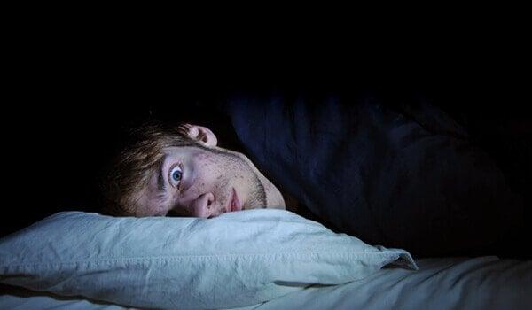 uyuyamayan erkek