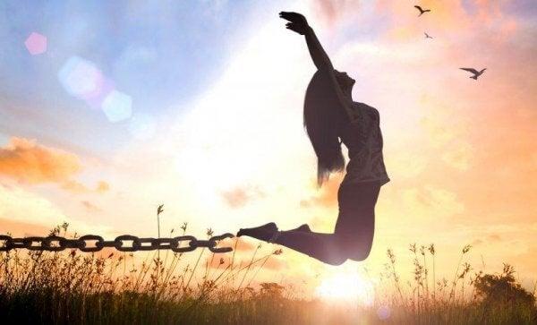 Suzanne Powell sözleri özgür kadın