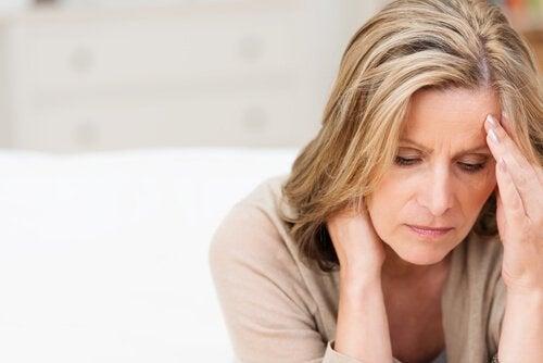 acı çeken kadın
