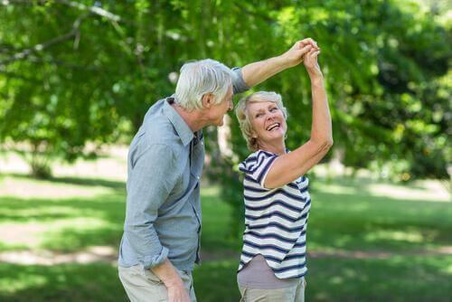 Dans Etmek Beyin Yaşlanması İle Mücadele Edebilir