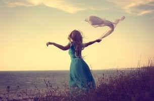 istenmeyen yalnızlıkla başa çıkan kadın