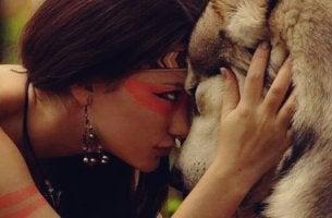 kurt ve kadın