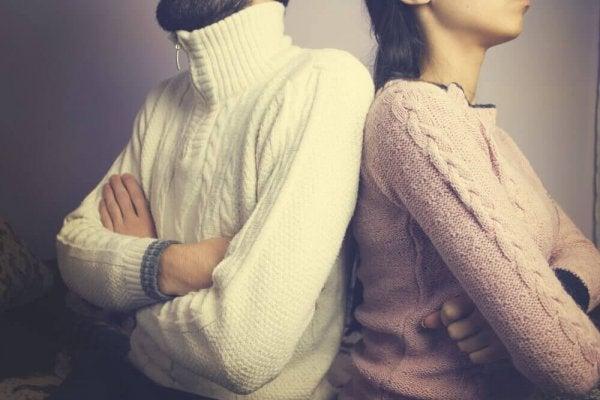 Kişisel İlişkilere Zarar Veren 4 Davranış