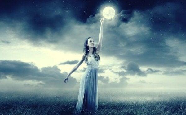 Nörobilimci Mark Filippi: Ay Gerçekten Duygularımızı Etkiler