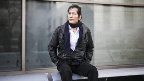 """Filozof Byung-Chul Han ve """"Her Şeyin Aynı Olduğu Cehennem"""""""