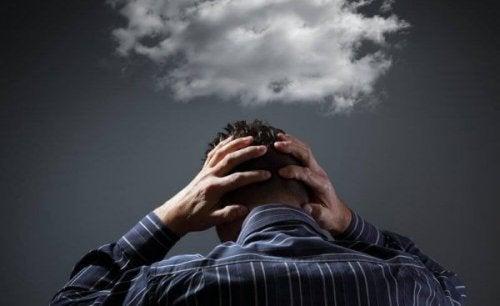 Davetsiz Düşünceleri Durdurmak için 6 Yolu Keşfedin
