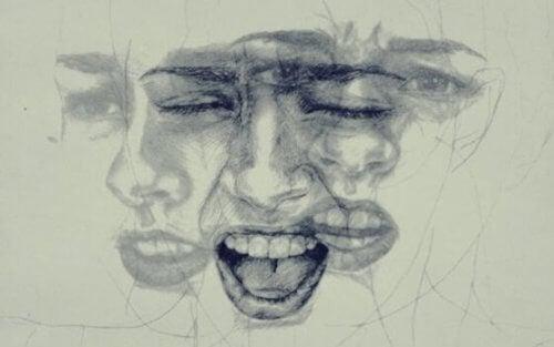 farklı farklı yüzler