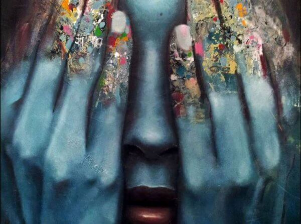 kadının renkli parmakları