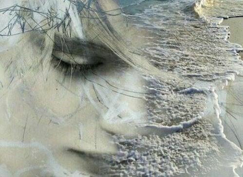 kumsalda yüz