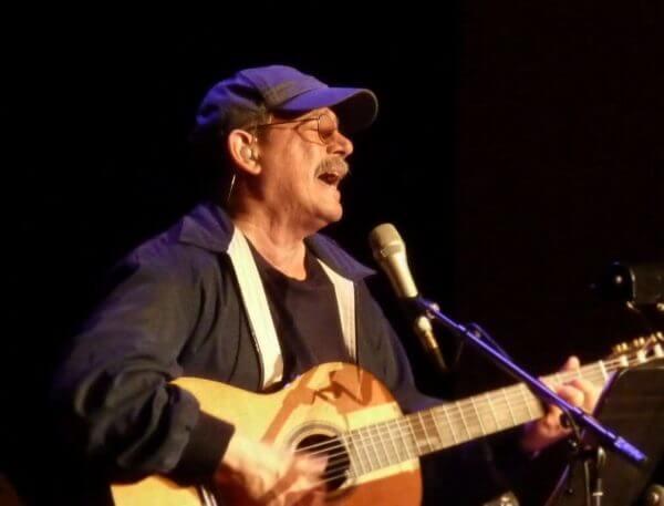 Silvio Rodríguez'in Üzerinde Düşünülecek Şarkı Sözleri
