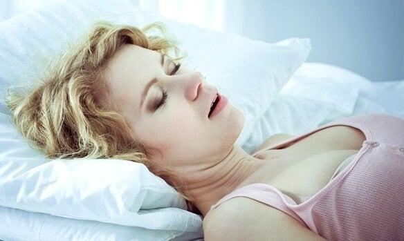 Uyku Apnesi: Nedenleri, Uyarı İşaretleri ve Tedavisi