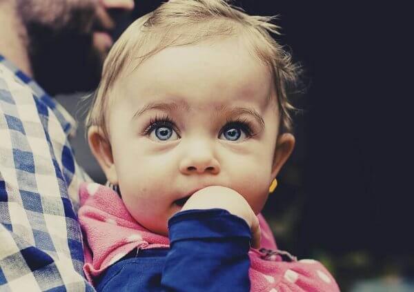 4 ila 6 Aylıkken Bebeklerin Ne Yapmayı Öğrendiğini Biliyor Musunuz?