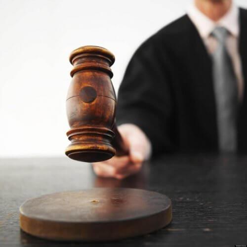 yargıç tokmağı