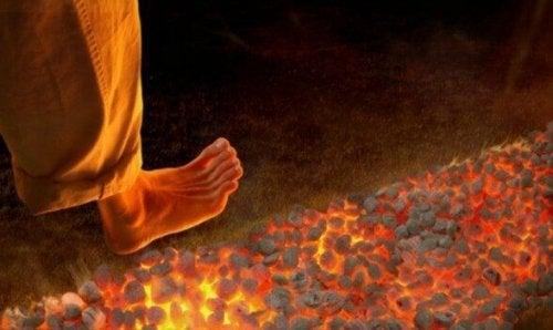 Ateşin Üstünde Yürümek: Yeni Ama Tehlikeli Bir Motivasyonel Teknik