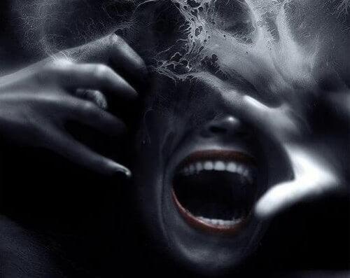 Karanlık Üçlü: Narsisizm, Makyavelcilik ve Psikopatlık