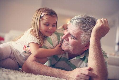 Büyükanne ve Büyükbaba - Hepimizin Hazinesi
