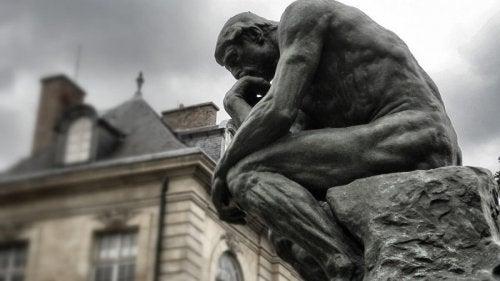 düşünen adam felsefe ve psikoloji