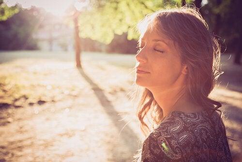 Meme Kanseri Olan Kadınlar İçin Rahatlama Yöntemleri