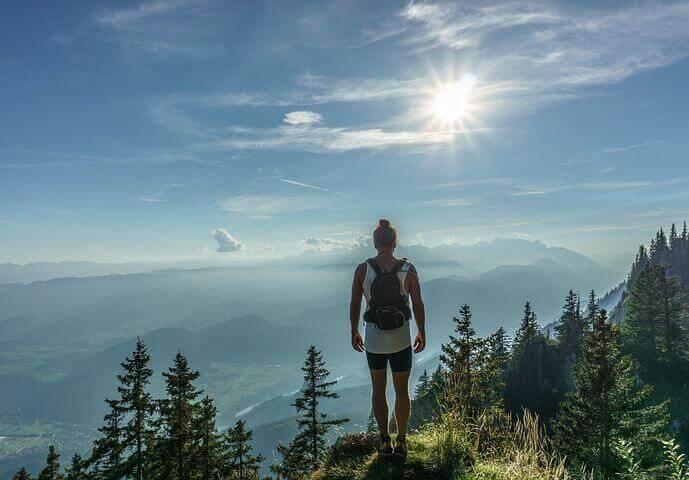 dağdaki kahramanın yolculuğu
