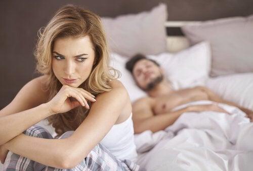 Kadınlarda Anorgasmi: Nedenleri ve Tedavisi