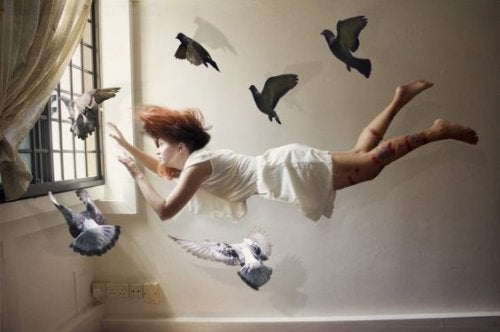 uçan kadın