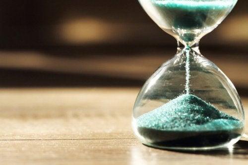 Zaman Psikolojisi: Zamanı Neden Farklı Şekillerde Algılarız