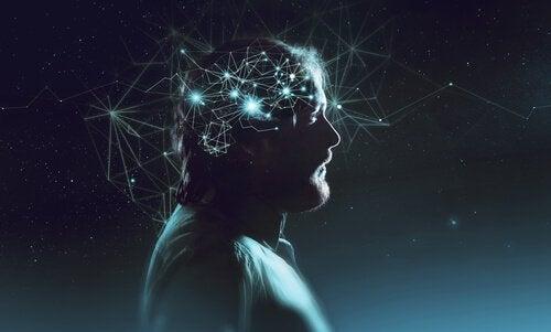 kafasında yıldızlar olan adam