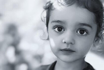 Sessiz ve Uysal Bir Çocuk Her Zaman Mutlu Bir Çocuk Anlamına Gelmez