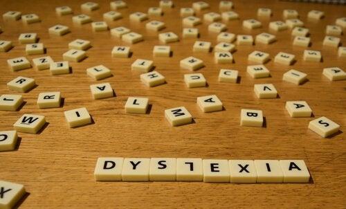 harfler ile disleksi