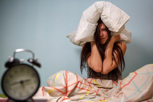 kalkmak istemeyen kadın