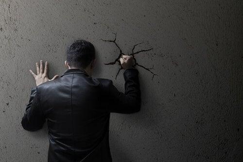 Sosyal Ahlak Şiddeti Nasıl Normalleştiriyor