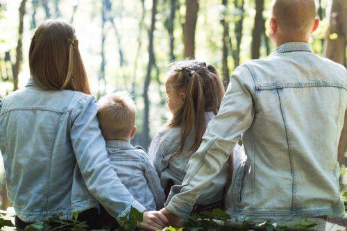 Aile Atmosferi: Çocukların Yetiştirilmesini Nasıl Etkiler?